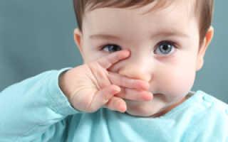 Промывание носа соленой водой детям